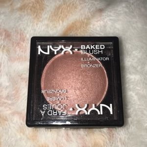 NYX Baked Blush Illuminator Bronzer In Chiffon